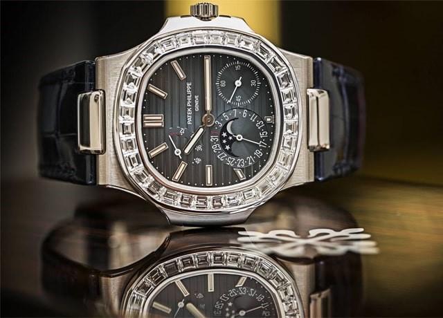 Đồng hồ Patek Philippe fake cao cấp khác hàng fake 1, fake 2 như thế nào?